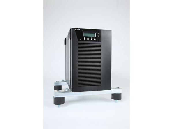 Eaton 9130 Marine - USV - Wechselstrom 220-240 V - 2.7 kW - 3000 VA 9 Ah - RS-232, USB